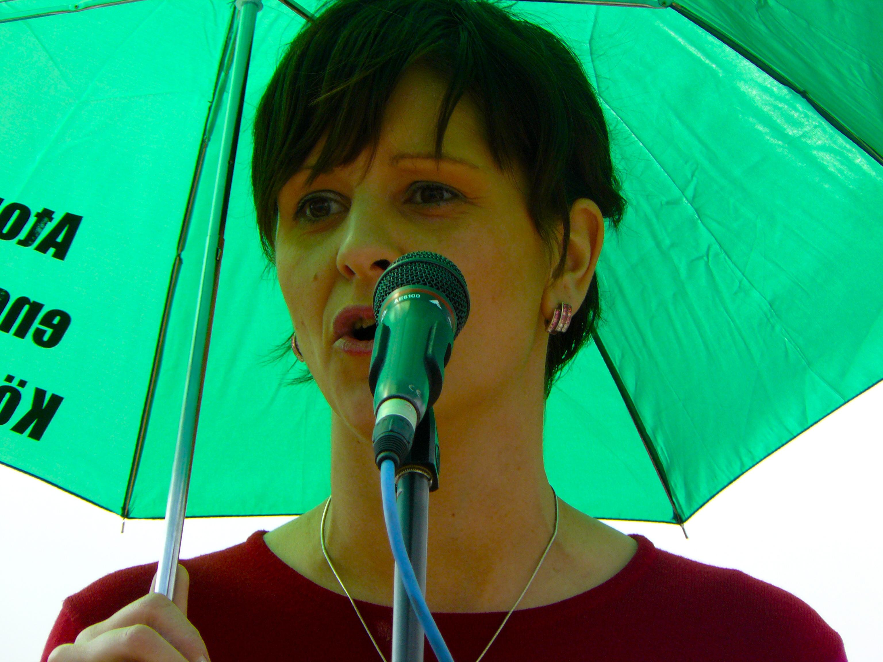 Zielona polityczka z Węgier, Bernadett Szell