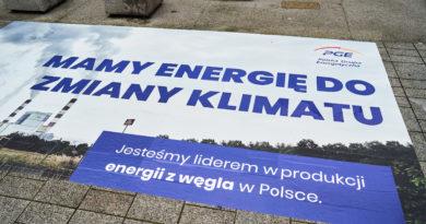 Greenpeace pozywa PGE za zmiany klimatu. Koncern musi odejść od węgla do 2030 r.